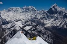 Everest kansellert - Petter tilbake i Norge
