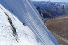 Førstebestigning av Gojung i Nepal